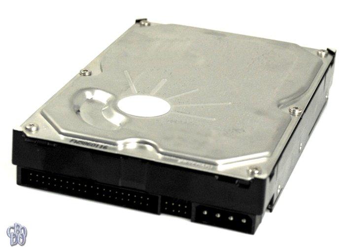 Maxtor DiamondMax Plus 9 6Y160P0 6Y160P0042211 160GB IDE HDD 27OCT2003 W093