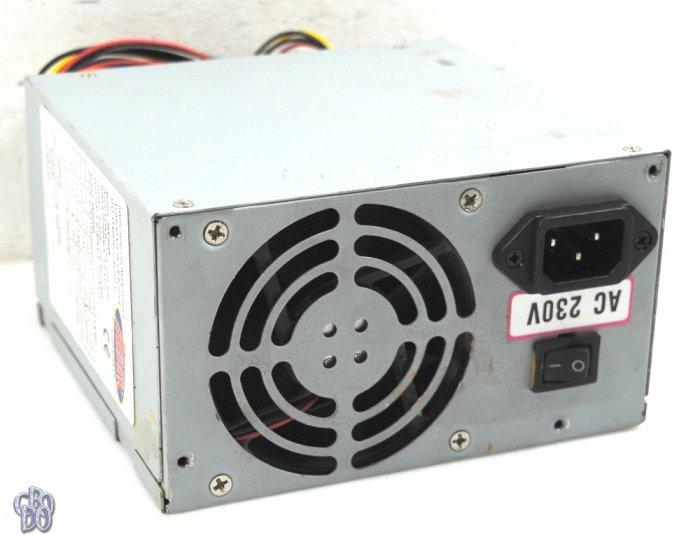 HEDEN PSX-A668 520 Watt Power Supply 80 mm Lüfter 20-pol 4-pol ATX 4xHDD  1xFDD 1xAUX